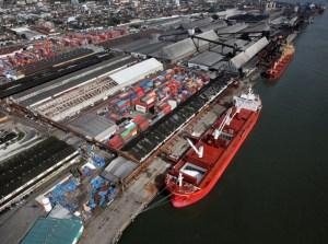 economia balanca 300x223 - RECORDE: balança comercial brasileira tem superavit de US$ 27,1 bilhões no 1º semestre