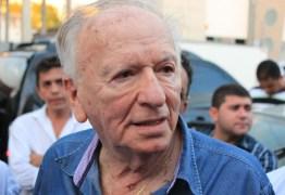 'RIDÍCULO': Enivaldo Ribiero acusa imprensa paraibana de criar factóides em torno da contabilidade do gabinete de Daniella
