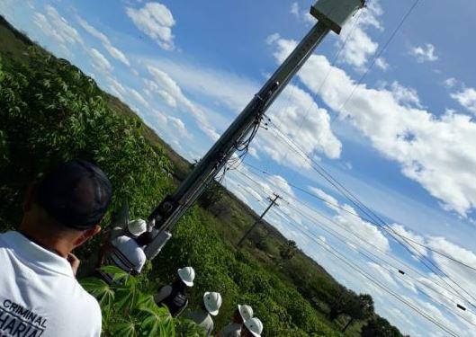 gato energia 1 - Operação flagra granja e propriedade rural desviando energia na Paraíba