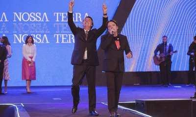 jair bolsonaro e robson rodovalho - 'SOLIDÃO DO PODER': Em culto religioso Bolsonaro relata sentimento dos primeiros dias na presidência
