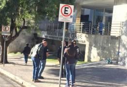 Mandados de busca e apreensão é feito pela Polícia Civil na sede do Cruzeiro e na Toca da Raposa