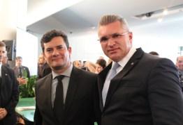 'UM VERDADEIRO CIRCO NA CCJ': Julian Lemos critica postura da oposição elogia desempenho de Sérgio Moro