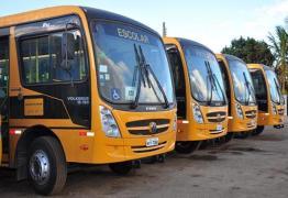 Prefeito anuncia aquisição de quatro ônibus escolares para São José de Piranhas