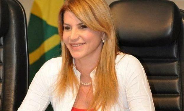 tatiane e1562667041555 623x375 - Médica Tatiana Medeiros assume o comando do MDB em Campina Grande e fica responsável por preparar sigla para a disputa de 2020