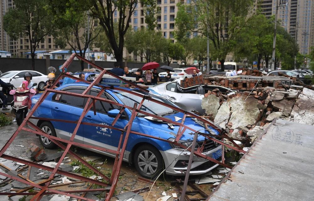 2019 08 10t094004z 15381097 rc1d7cfab520 rtrmadp 3 asia storm china - Tufão Lekima deixa 18 mortos e 16 desaparecidos na China