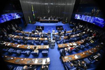 25259571 - Senado aprova MP da Liberdade Econômica sem regras de trabalho aos domingos