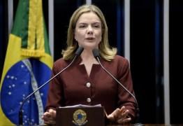 Desembargador autoriza Gleisi a atuar como advogada de Lula