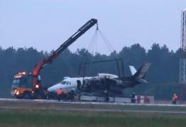 Avião particular da cantora Pink pega fogo durante pouso e deixa feridos: VEJA VÍDEO