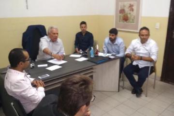 Img0 600x400 1 - Prefeito Zé Aldemir se reúne com representantes de setores da construção civil em Cajazeiras