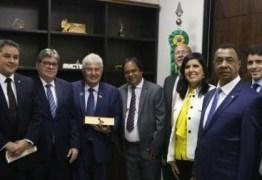 REUNIÕES EM BRASÍLIA: bancada federal aproxima João Azevêdo ao governo de Jair Bolsonaro e PB recebe apoio de ministros