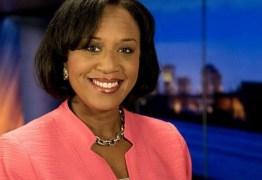 LUTO NO JORNALISMO: Âncora de telejornal morre em acidente de avião durante reportagem