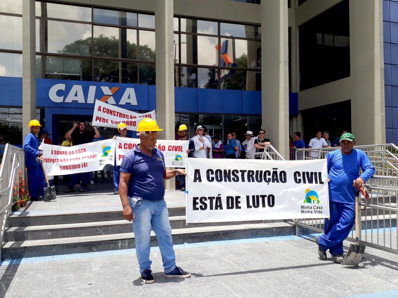 Protesto MCMV - Construtores e corretores de imóveis protestam contra crise no MCMV