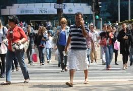 Taxa de desemprego no Brasil cai para 11,8% em julho, diz IBGE -VEJA VÍDEO