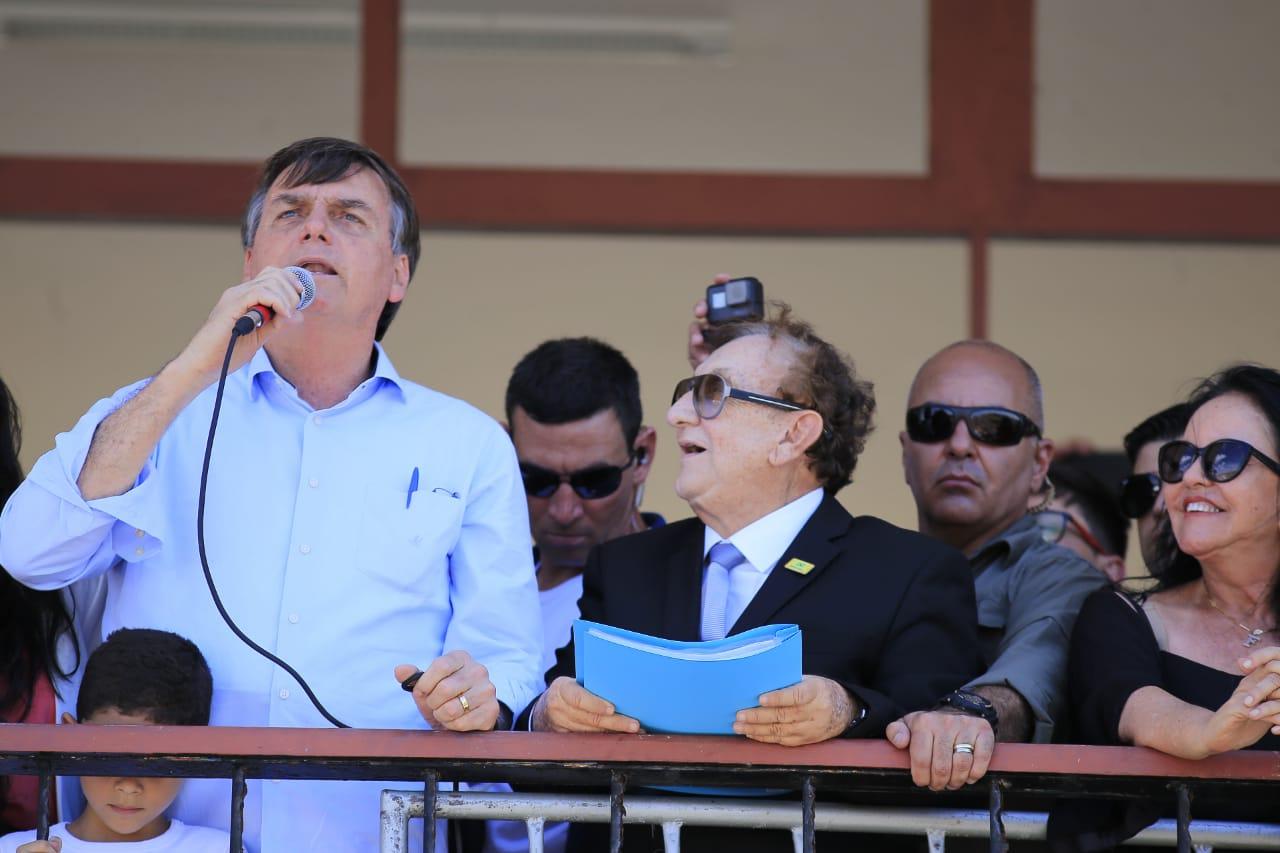 Jair Bolsonaro proíbe radares móveis a partir da próxima segunda