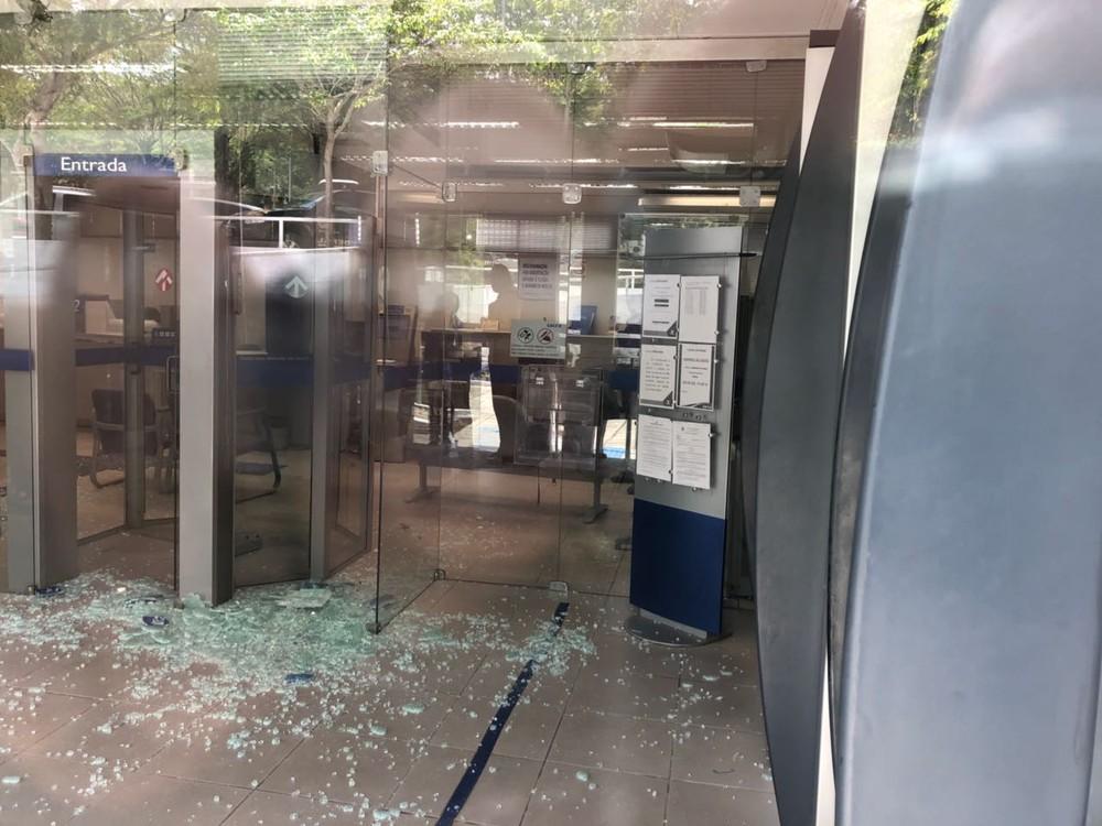 caixa 2 - Justiça condena acusados de roubar agência bancária na UFCG