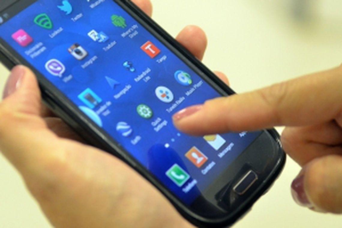 celular - Celular é a principal ferramenta de estudo e trabalho na pandemia
