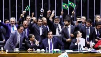 deputados previdencia luis macedo agencia camara 660x372 300x169 - Câmara aprova texto principal da reforma da Previdência em 2º turno