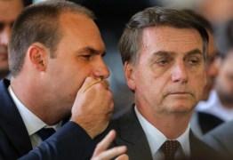 Bolsonaro defende que Eduardo abra mão de embaixada para pacificar PSL