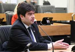 Eduardo parabeniza Governo Federal por medida que muda regra para pagamento de benefícios a pessoas com microcefalia