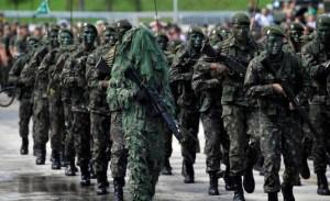 exercito mp aposentadoria 1 300x183 - GUERRA NO PSB: Um exército não comporta dois comandantes - Por Lúcio Flávio Vasconcelos
