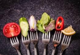 Veja como reavaliar sua relação com a comida seguindo marcas no Insta