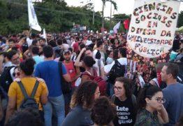 13 DE AGOSTO: estudantes protestam contra cortes na educação em João Pessoa
