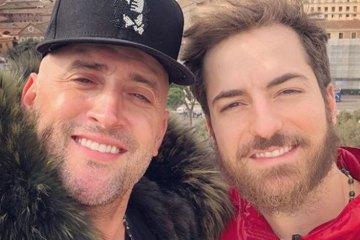 'PAPAIS': Paulo Gustavo anuncia nascimento de gêmeos e diz estar 'em êxtase'