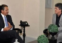 Ricardo Coutinho relembra morte de Eduardo Campos e faz pedido: 'Não vamos desistir do Brasil'