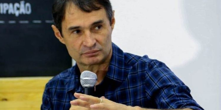 romero rodrigues 750x375 - Romero Rodrigues é acusado de tentar querer 'se apossar' dos serviços da Companhia de Água e Esgotos da Paraíba