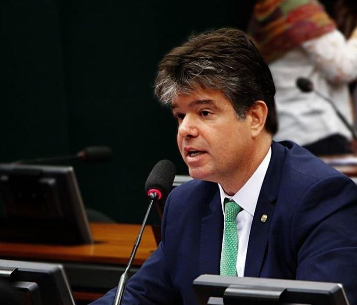 ruy carneiro - Ruy Carneiro comemora aprovação de fim da pensão para ex-governadores
