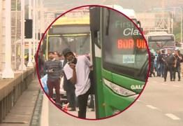 SEQUESTRADOR MORTO: Homem que fez reféns em ônibus usava arma de brinquedo e foi atingido por atirador de elite – VEJA VÍDEO DO MOMENTO DOS TIROS