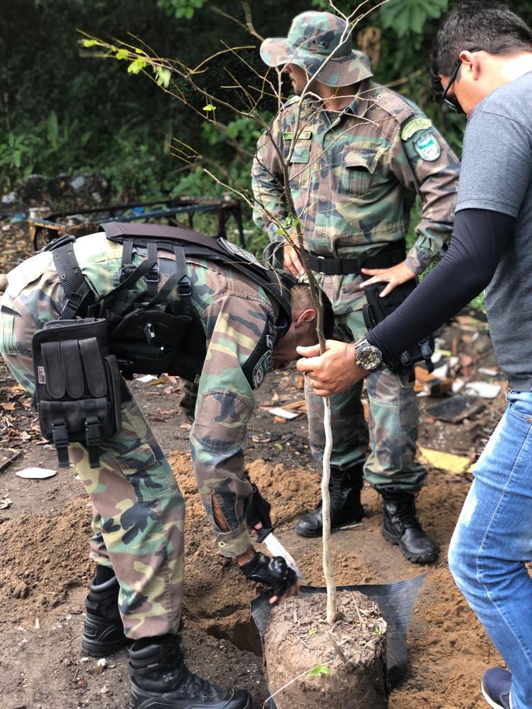 3a4fb8af043ac0e7eae9b20f7343d8fc - DIA DA ÁRVORE: Prefeitura realiza ação de preservação na Mata do Xém-Xém