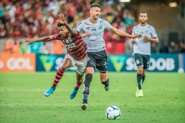 5d7d5fa441217 - Após suspensão e lesões, Santos perde liderança no Campeonato Brasileiro