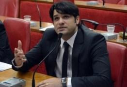 Vereador não aceita golpe no PSB e entrega liderança do partido na CMJP