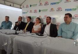 Bosco Carneiro participa de solenidade da nova diretoria do SINDSEMP-PB