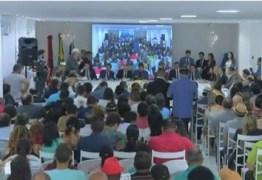 Durante sessão em Alagoa Grande, Jeová Campos faz homenagem a Jackson do Pandeiro