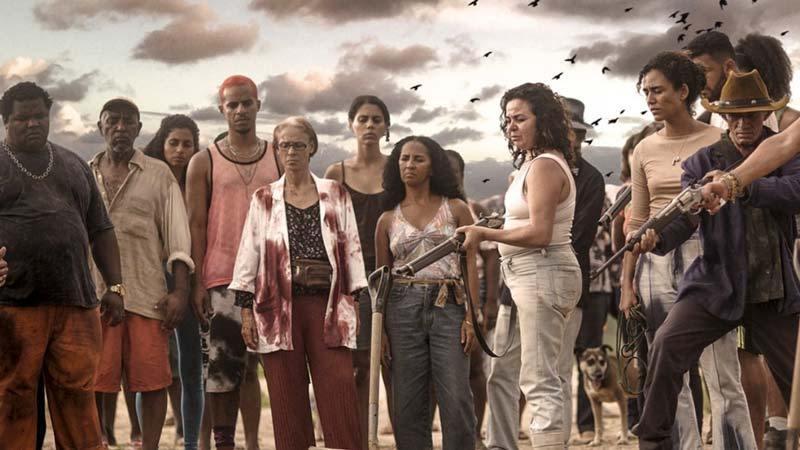 Bacurau - Barack Obama inclui 'Bacurau' em lista de filmes preferidos do ano