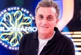 Pela Presidência em 2022, Luciano Huck indica que topa deixar a Globo
