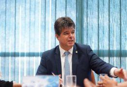 Em reunião com ministro da Saúde, Ruy Carneiro discute inclusão de cubanos no 'Médicos pelo Brasil'