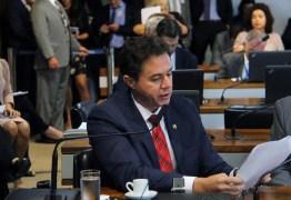 Com voto e relatoria de Veneziano, CCJ do Senado aprova Projeto que regulamenta o Naturismo no País