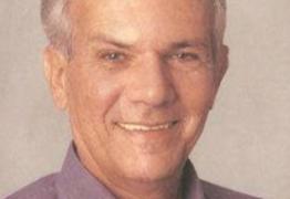 24 ANOS SEM MARIZ: senador José Maranhão presta homenagem a ex-governador