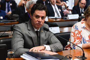 WhatsApp Image 2019 09 18 at 05.54.16 - Senado atende pedido de Veneziano e debate cortes no orçamento das universidades e programa 'Future-se'