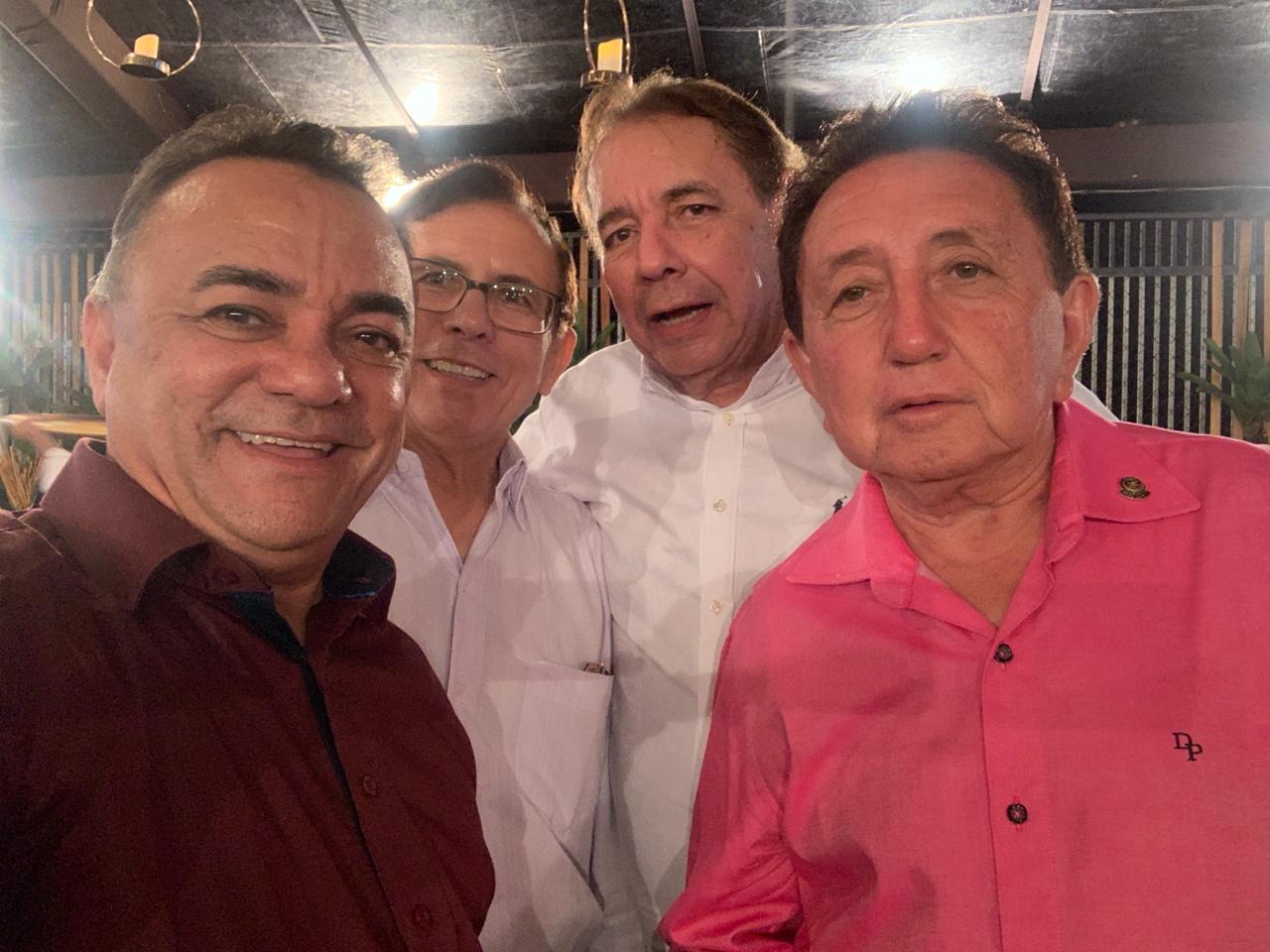 WhatsApp Image 2019 09 22 at 10.04.41 2 - Políticos e empresários comemoram os 90 anos de Zé Cavalcanti, em Cajazeiras - VEJA FOTOS E VÍDEOS