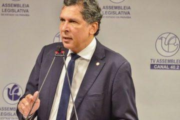 barbosa pb 628x375 - VÍDEO: na tribuna da ALPB, Ricardo Barbosa apresenta imagens e desmascara declarações ácidas de Ricardo Coutinho