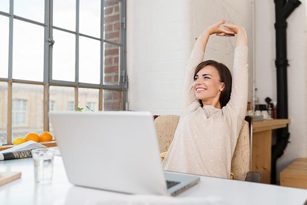 feliz - Noites quentes: Sexo aumenta produtividade e sucesso profissional
