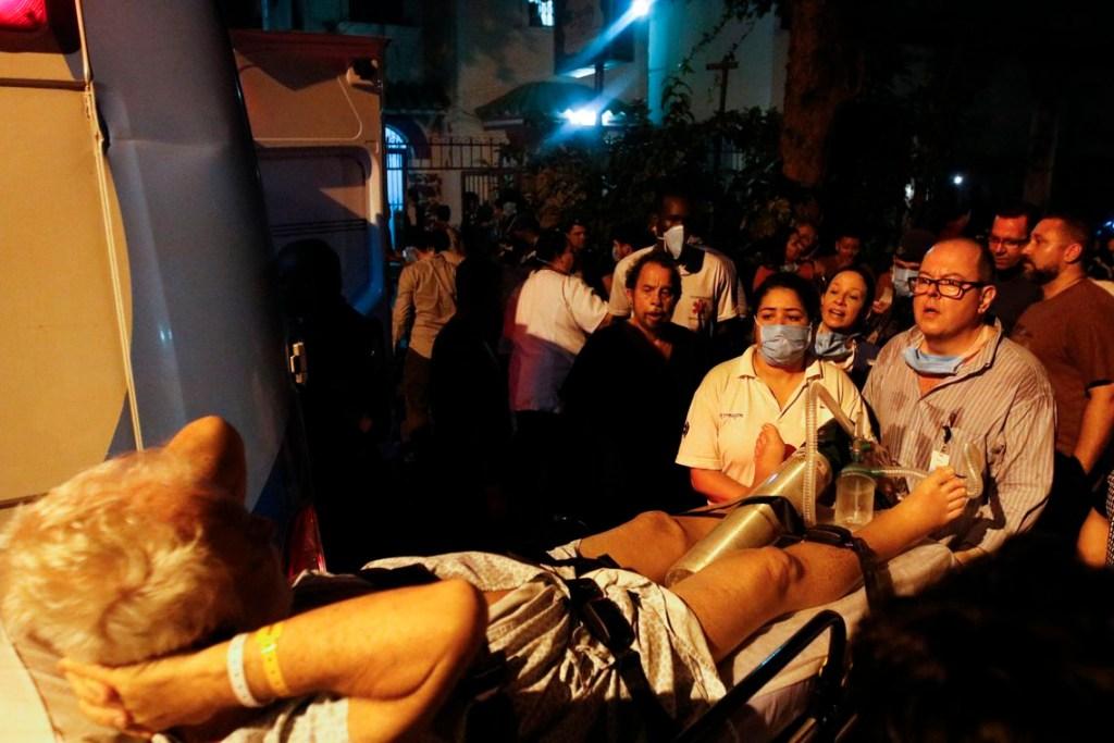ffraz abr 12091923056 1024x683 - Após tragédia, Hospital Badim ainda tem 57 pacientes internados
