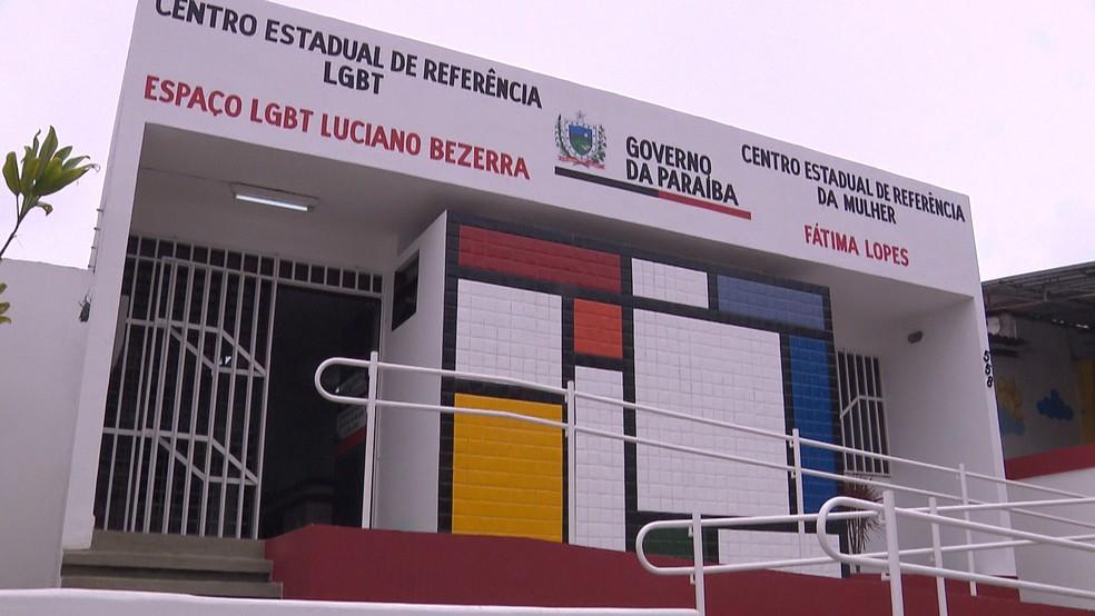 foto senhora silas - Setembro Amarelo: Unidades do Espaço LGBT oferecem psicoterapia gratuita