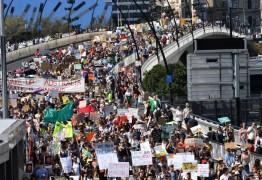 Greve global pelo clima leva milhares de manifestantes às ruas contra mudanças climáticas