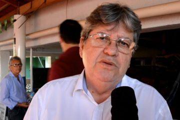 joao cz 750x375 - João sobre deixar os quadros do PSB: 'Este não é o momento'