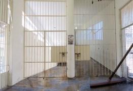 DOMINÓ, ESCRITOS E CAÇA AOS RATOS: Entenda rotina dos condenados por crimes de colarinho-branco e Lava Jato em complexo penal